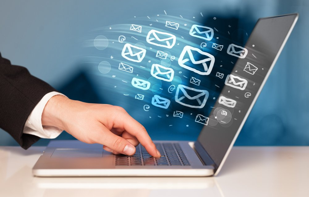 Concept of sending e-mails from your computer-1